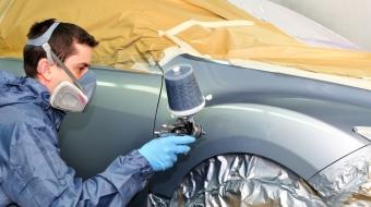 Pintar o carro em casa é uma roubada: entenda o motivo